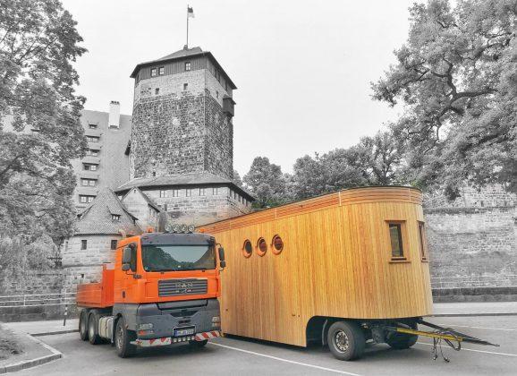 Besuch aus der Zukunft für die Kaiserburg